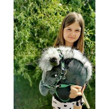 Koń Hobby Horse na kijku + zestaw - Teofil