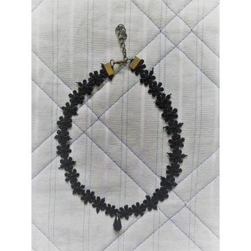 Czarny elegancki choker na szyję haft