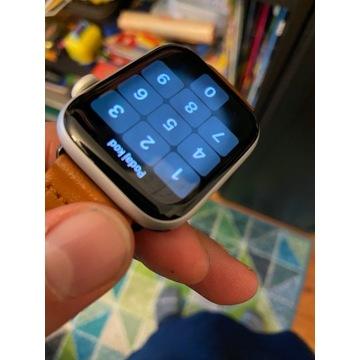 ZEGAREK APPLE WATCH S5 44 SILVER LTE  e-sim