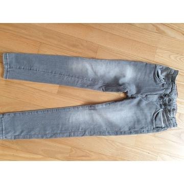 Spodnie jeans 128