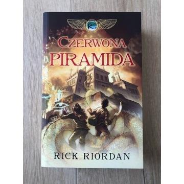 Czerwona Piramida Tom 1, Rick Riordan