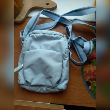Saszetka torebka nerka damska nike