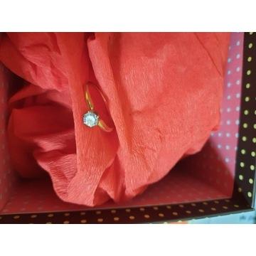 Złoty pierścionek z diamentem-duży,czysty,certyfik