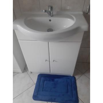 Komplet łazienkowy - szafka, umywalka, kran