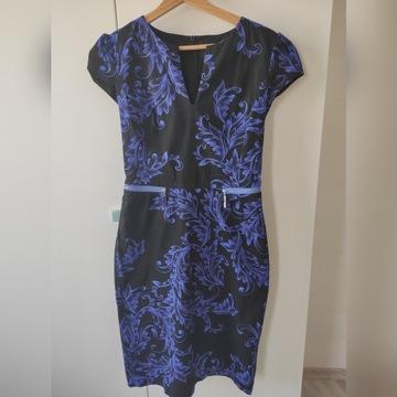 Simple sukienka biznesowa