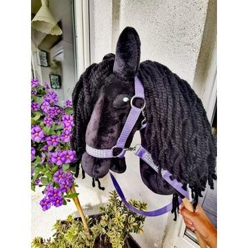 Konik Hobby Horse na kijku + zestaw- Lady Murdoch