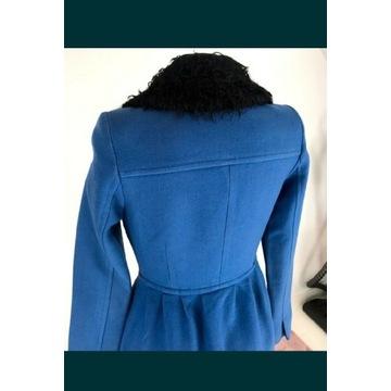 Piękny płaszcz marki Simple jak nowy!