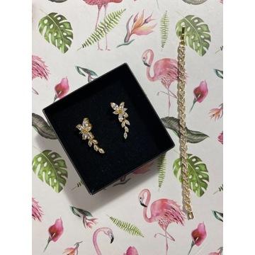 Subtelny komplet biżuterii  w kolorze złota