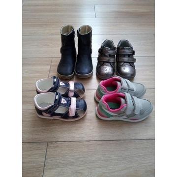 Zestaw butów dla dziewczynki 25,26,27 (5 par)