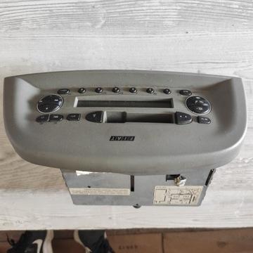 Radio fabryczne Fiat Albea 1.2, 03r.