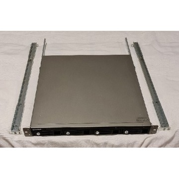QNAP TS-410U NAS 4x2TB SATA + Szyny Rack!