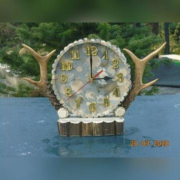 Zegar z poroża nr.2 -[poroże,rogi,zrzuty,parostki]
