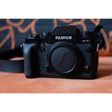 Fujifilm X-T1,malo uzywany, WAWA +grip,bateria