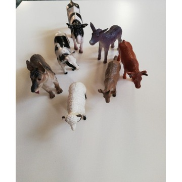 Zestaw figurek z farmy krowa osioł koza baran pies