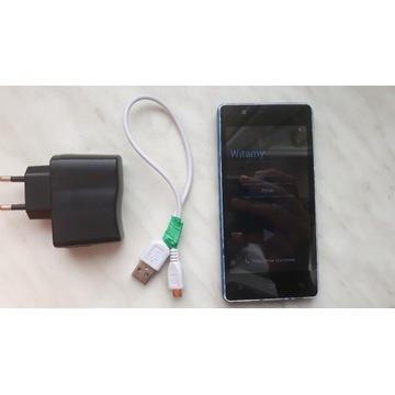 MyPhone Q-Smart + ładowarka
