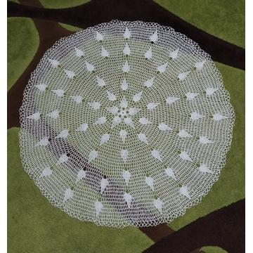 Serwetka na szydełku, rękodzieło średnica 69 cm