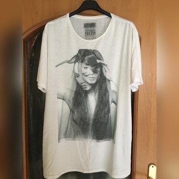 Koszulka od BERSHKA z nagą modelką - rozmiar XL