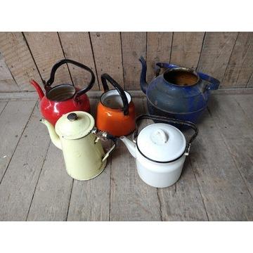 Stare emaliowane czajniki zestaw 5 sztuk