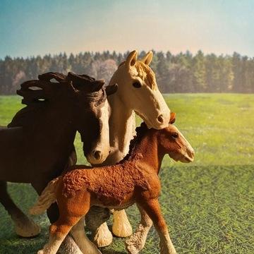 Schleich | Rodzinka 3 koni Shire