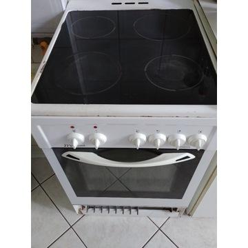 Kuchenka elektryczna ceramiczna  z piekarnikiem