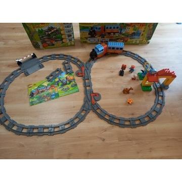 Pociąg Lego Duplo plus zestaw torów 10506 i 10507