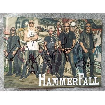 Zdjęcie zespołu HAMMERFALL z autografami