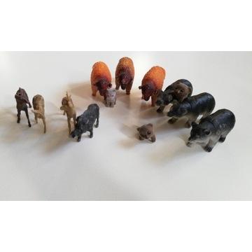 Zwierzęta lasu żubr niedźwiedź sarn jeleń figurka