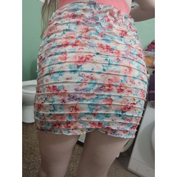 Noszona używana spódniczka fetysz