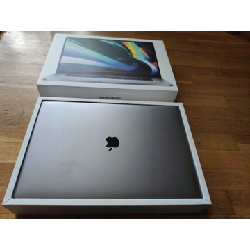 "Laptop Apple Macbook PRO i7 16"" 32 GB 512 GB"