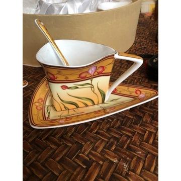Piękny komplet filiżanek , porcelana , secesja