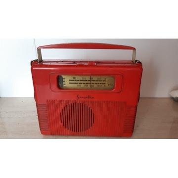 Unikatowe Czerwone Radio Szarotka ZRK