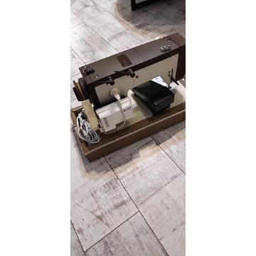 Maszyna do szycia walizka