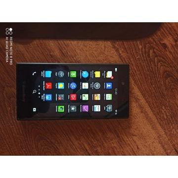 Smattfon BlackBery DCF6