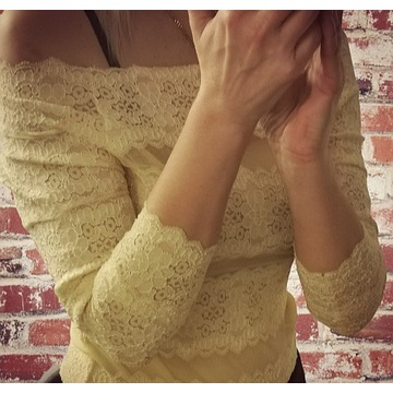 Bluzka hiszpanka koronkowa roz S / M