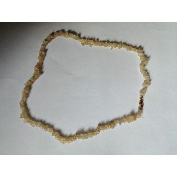 Korale z kamyków kamieni kamienne beżowe RETRO