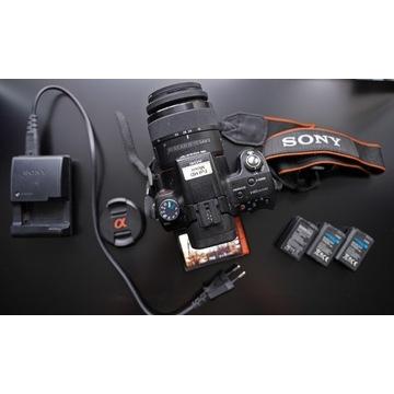 Sony Alfa A55V + Obiektyw Sony 18-55mm SAL1855