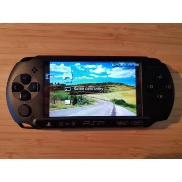 Sony PSP E1004 (Street)+oryginalne pudełko+8GB