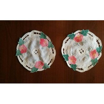 2x okrągłe serwetki w kwiaty