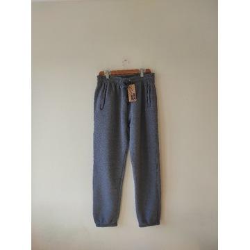 Spodnie dresowe męskie grube wygodne