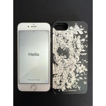 Iphone 8 64Gb Silver Uzywany + Etui?