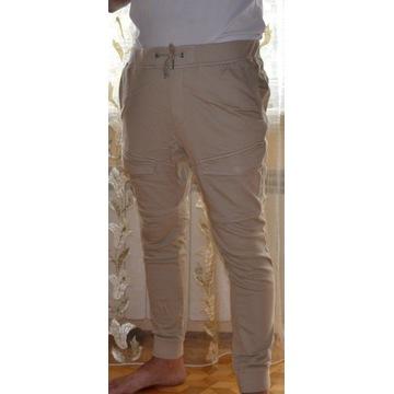 spodnie marki H&M, XL, kolor kamelowy
