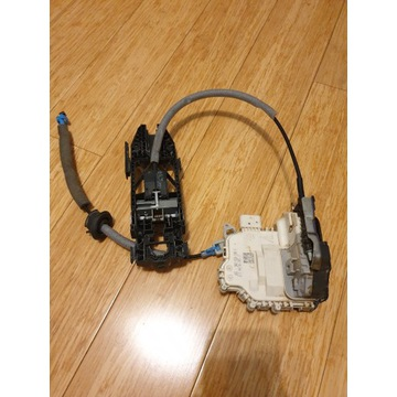 Zamek mechanizm drzwi audi a3 8v 8K0839016G