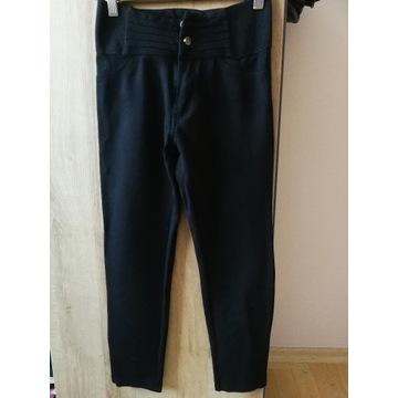 Elastyczne czarne spodnie rozm. 34 Amisu NewYorker