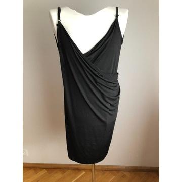 Plażowa sukienka one size pasuje na każdy rozmiar