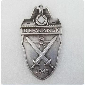 WW2 Niemiecka Odznaka - Tarcza Demjańsk 1942