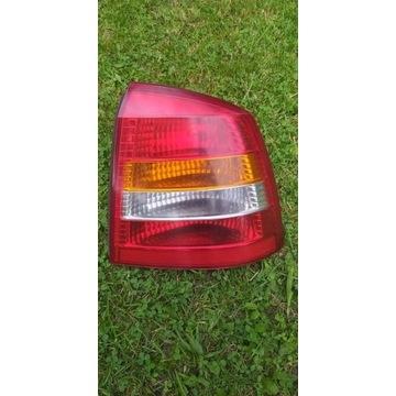Opel Astra G LAMPA TYLNA 3 DRZW.