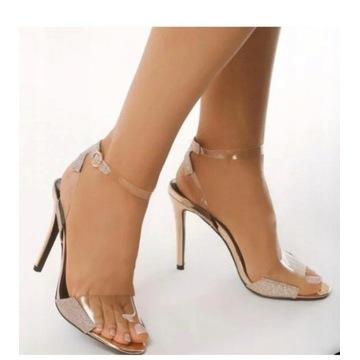 Sandały damskie rozmiar  38 na szpilce.