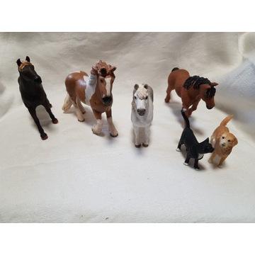 Zestaw koni Schleich + kot + pies