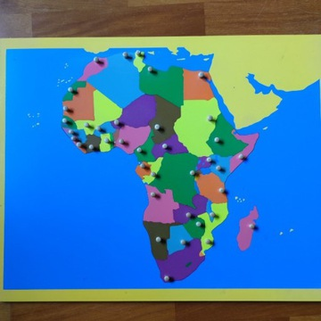 Mapa Afryki puzzle pomoc Montessori