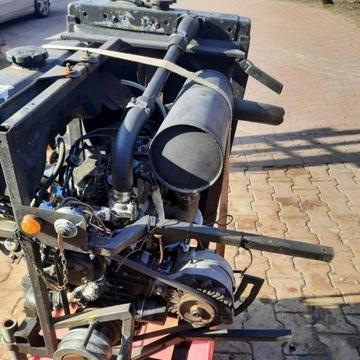 silnik silniczek traktorek koparka kubota bobcat y